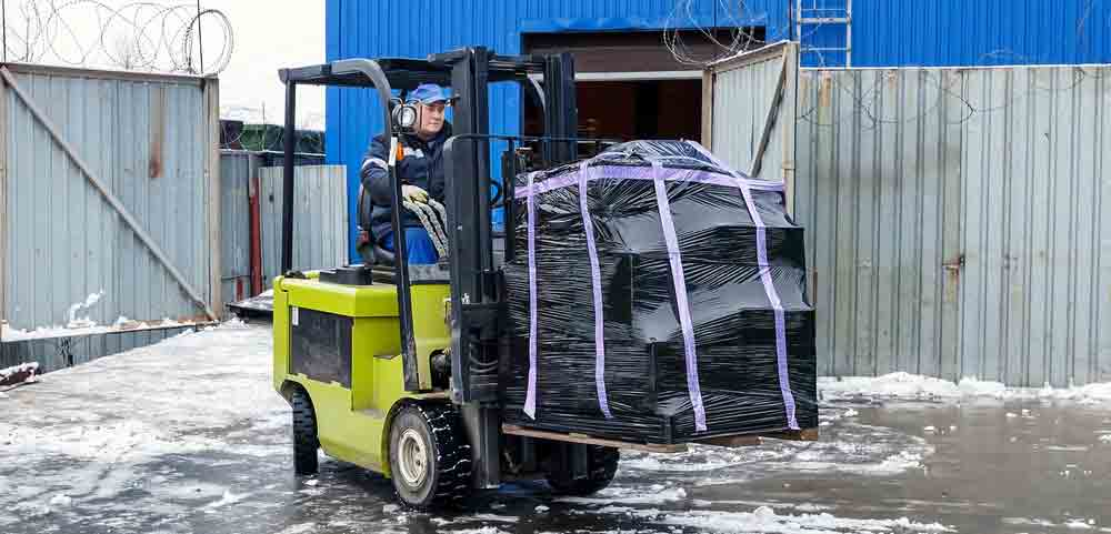tips-for-effective-forklift-operation-in-Brisbane-in-autumn-and-winter